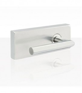 Square latch for glass doors